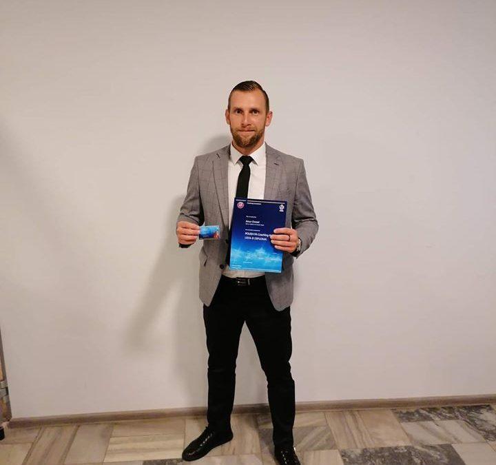 Trener Artur Chmiel ukończył kurs UEFA B